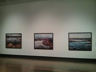 There are photographs of the oil patch by Edward Burtynsky in the KW Art Gallery, so I went and saw them on my birthday.